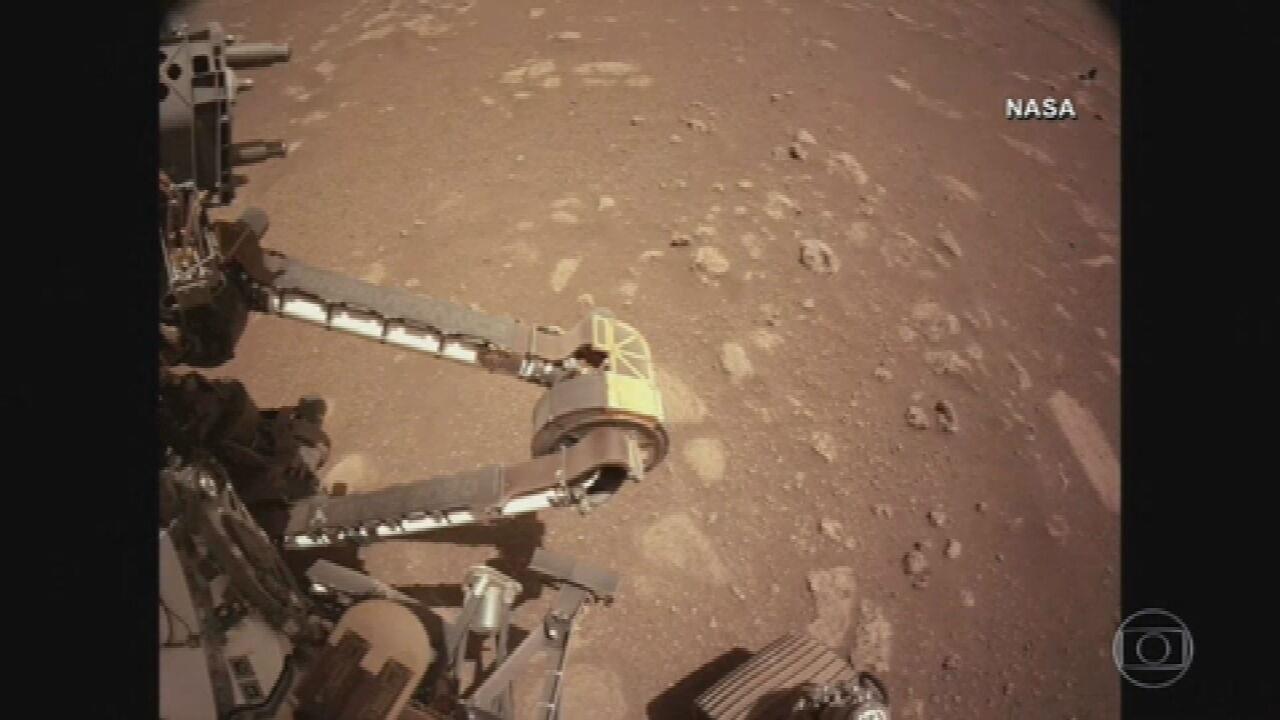 Nasa divulga imagens do primeiro passeio da sonda Perseverança por Marte