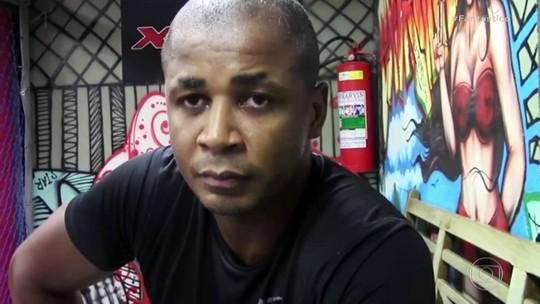 Treinador de lutadores famosos é acusado de estuprar 2 alunas
