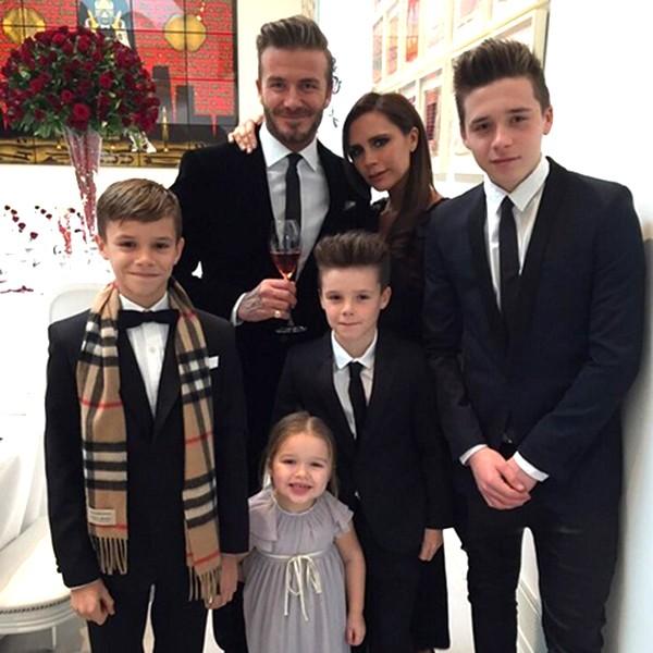 David e Victoria Beckham com os quatro filhos, Brooklyn, Romeo, Cruz e Harper (Foto: Reprodução Instagram)