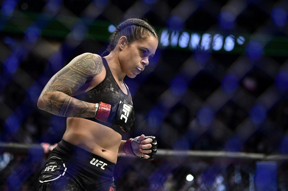 Amanda Nunes pode ficar seis meses suspensa pelos médicos após o UFC 250 — Foto: Getty Images