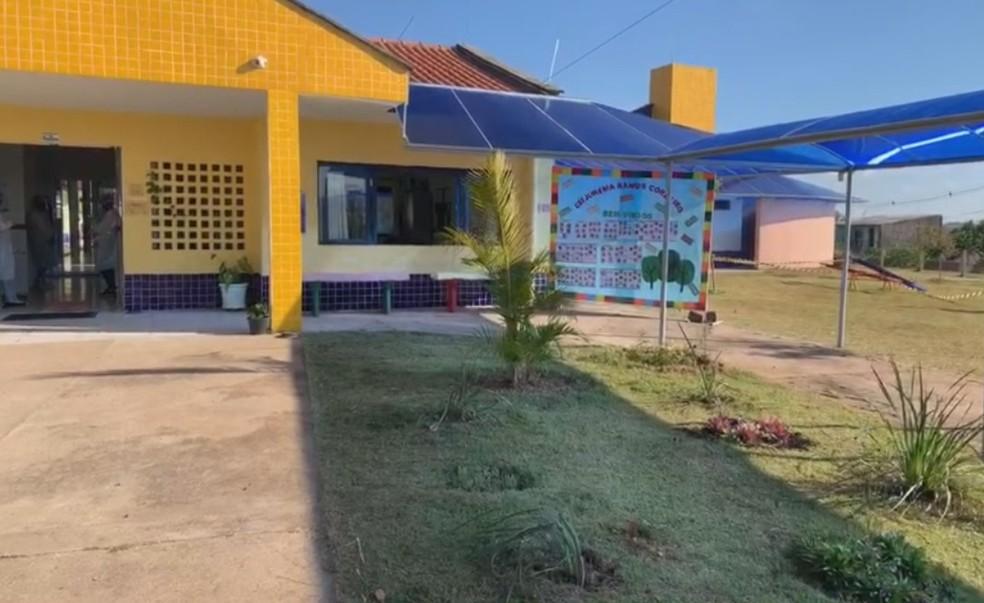 Escolas municipais de Botucatu (SP) começa retorno gradual das aulas presenciais nesta segunda (22) — Foto: Reprodução/ TV Tem