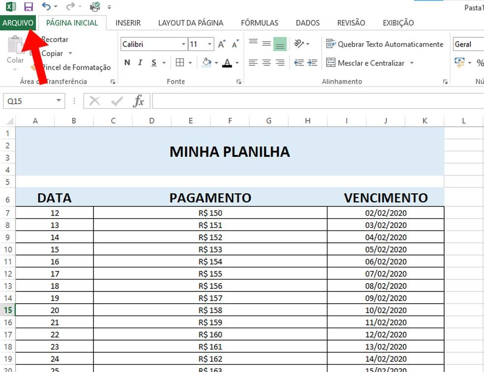 Acesse a aba de Arquivo no Excel — Foto: Reprodução/Rodrigo Fernandes