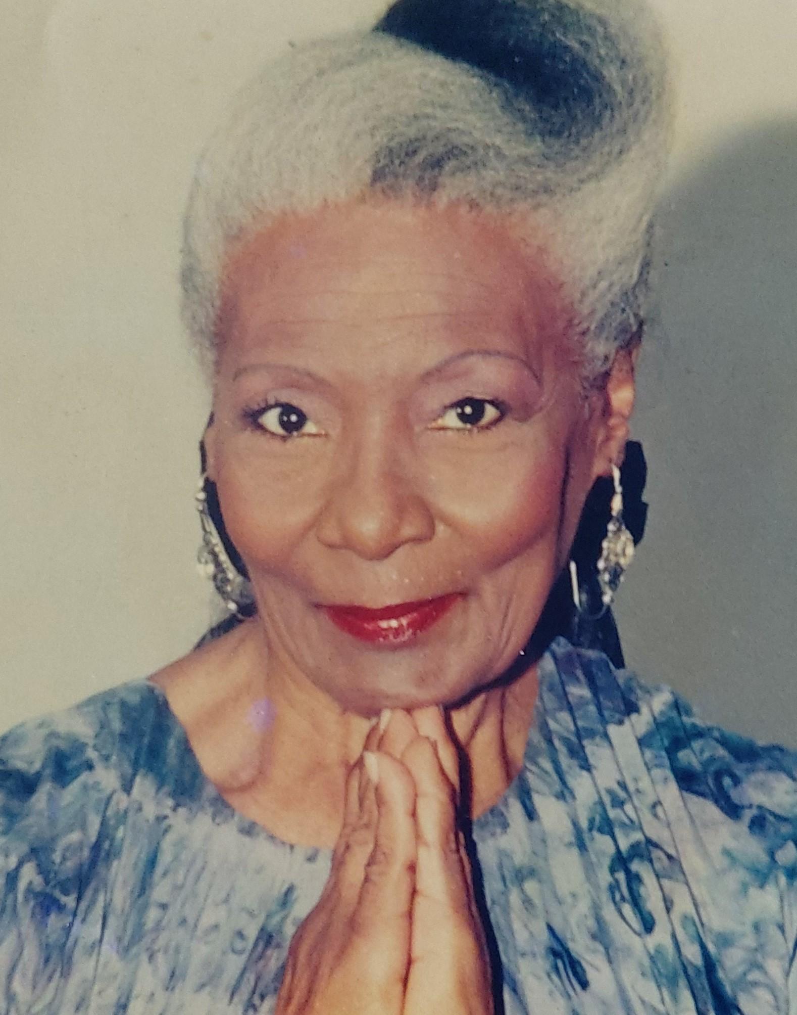 Carmen Costa, cantora que desafiou a moral dos anos 1950, é revivida no centenário de nascimento