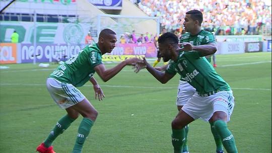Defesa do Flamengo erra muito, e torcida perde paciência com Rafael Vaz