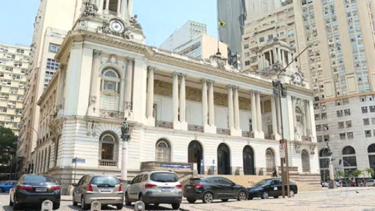 MP do Rio retoma depoimentos na investigação sobre rachadinha no gabinete de Carlos Bolsonaro