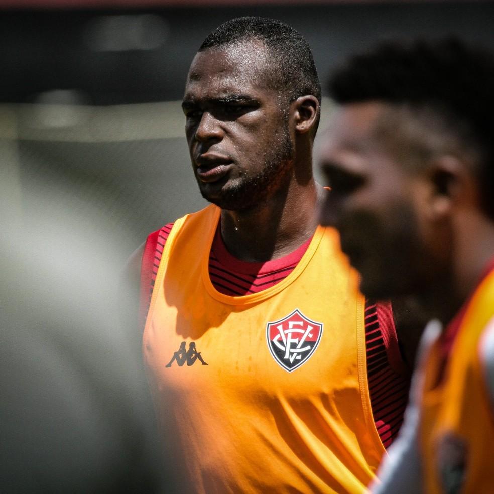 Dedé acertou rescisão de contrato com o Vitória — Foto: Letícia Martins/ E. C. Vitória