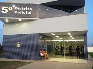 Caso foi registrado na Central de Flagrantes no 5º DP (Foto: Arquivo/G1 RR)