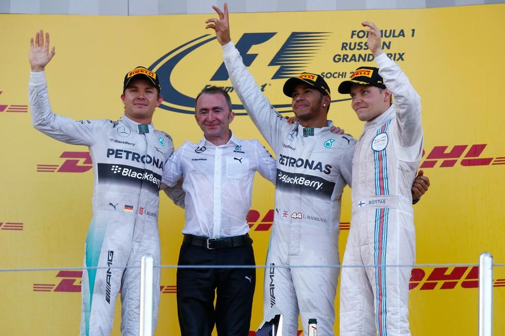 Nico Rosberg e Valtteri Bottas completam o pódio no GP da Rússia de 2014 ao lado do vencedor Lewis Hamilton — Foto: Hoch Zwei/Corbis via Getty Images