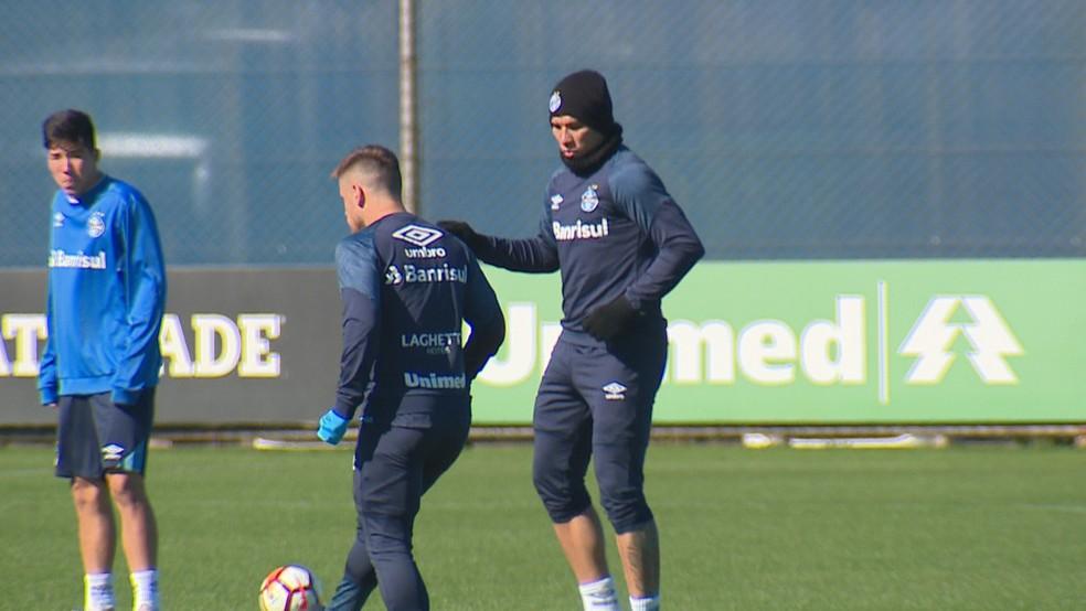 Jael (foto), assim como André, treinou na manhã de domingo (Foto: Reprodução/RBS TV)