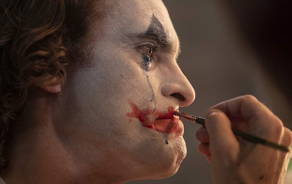 Joaquin Phoenix em cena de 'Coringa' — Foto: Divulgação