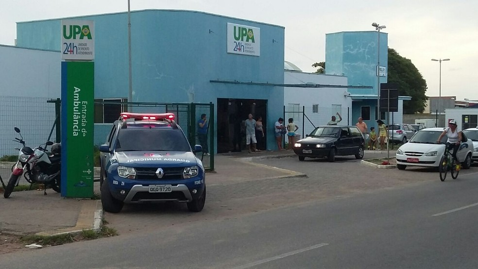 Suspeito de assalto foi socorrido por adolescente a UPA na Zona Norte de Natal (Foto: Sérgio Henrique Santos/Inter TV Cabugi)