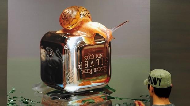 O pintor também usa como modelo caracóis, sapos e lagartos. (Foto: Reprodução: Instagram)