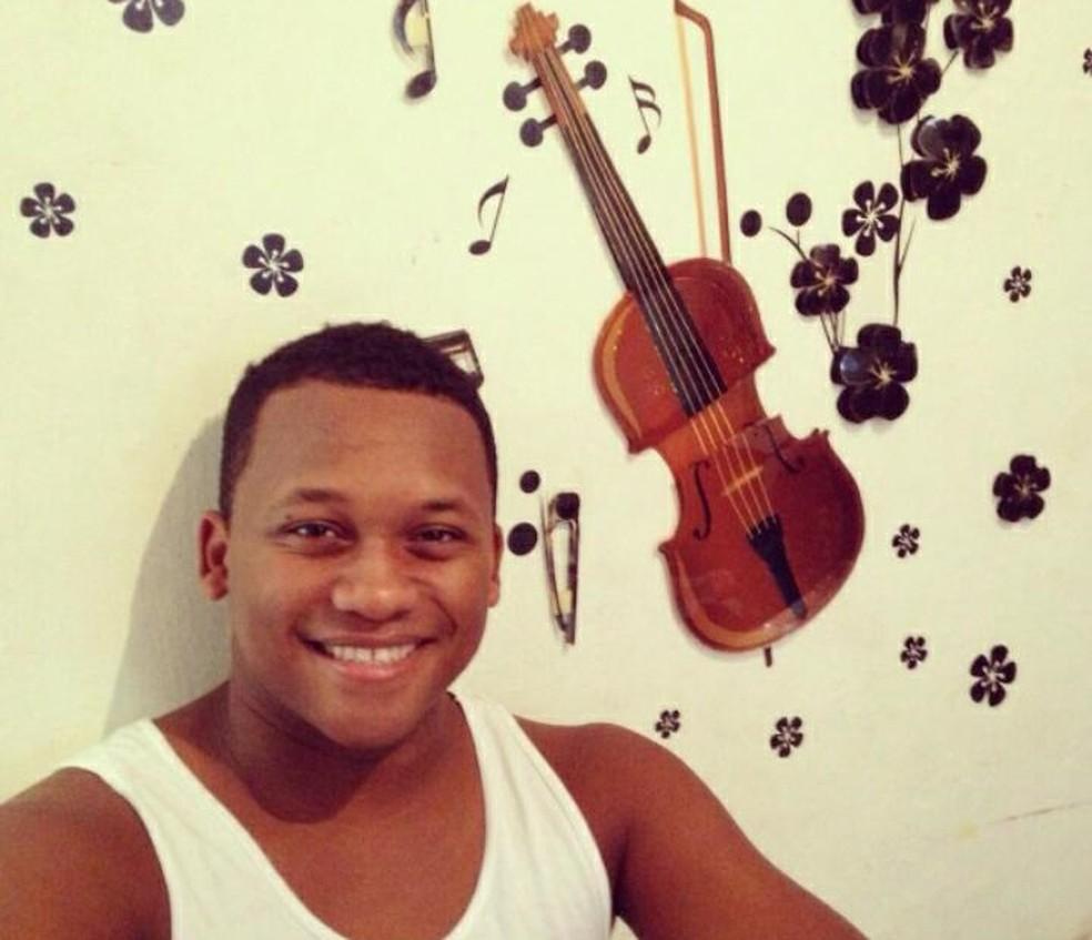 Marivaldo Neri, de 30 anos, morreu por complicações da Covid-19 na Bahia — Foto: Arquivo Pessoal
