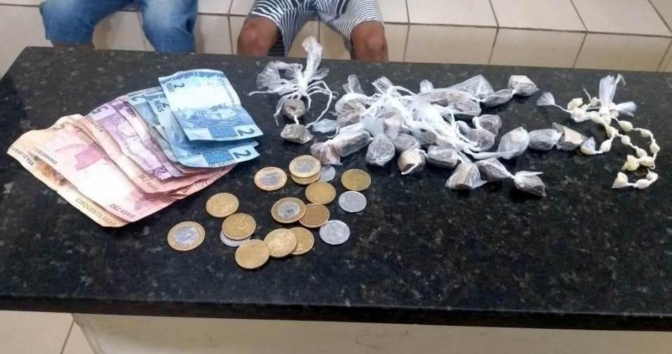 Adolescentes de 15 e 17 anos são detidos com crack e cocaína em São Carlos