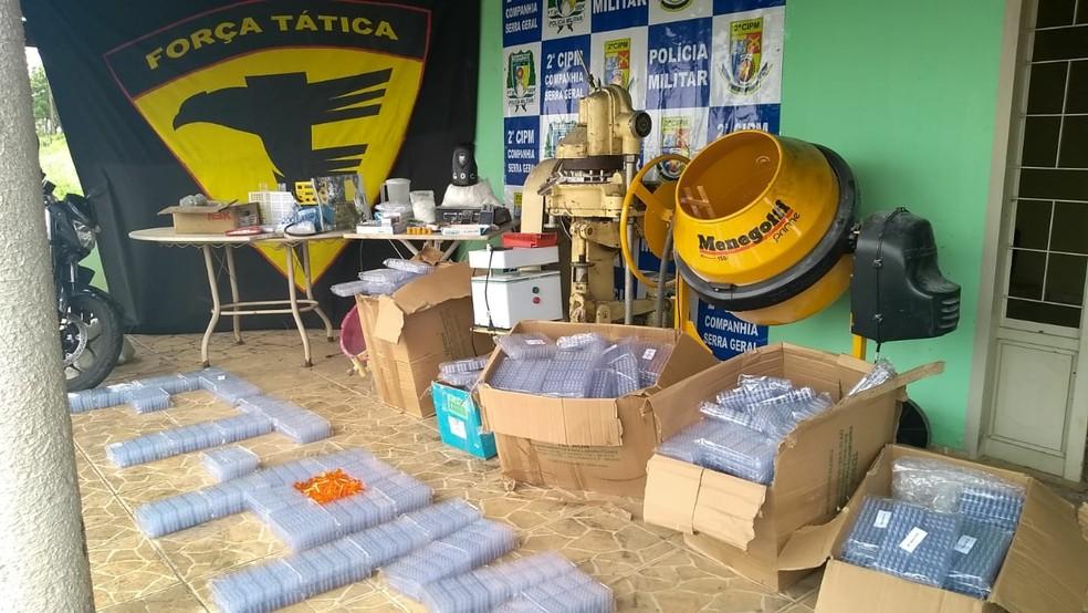 Polícia encontra laboratório de drogas em propriedade rural — Foto: Divulgação