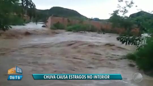 Chuva causa estragos no interior da BA; vídeo mostra muro sendo derrubado por enxurrada em Novo Horizonte