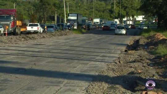 Esperada há mais de 13 anos, duplicação da ERS-118 sofre atraso por falta de material para asfalto