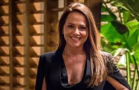 Na sexta-feira (11), Lili (Vivianne Pasmanter) decide reatar o seu casamento com Germano (Humberto Martins) TV Globo
