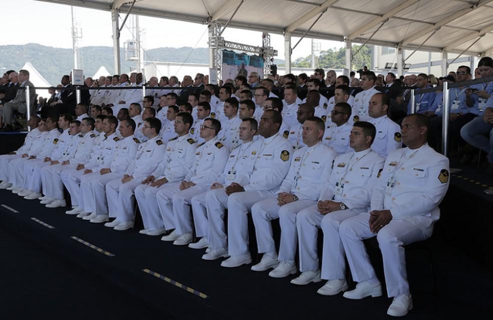 0a5e3df75a Marinha oferta mil vagas para jovens com salários de até R$ 1,8 mil ...