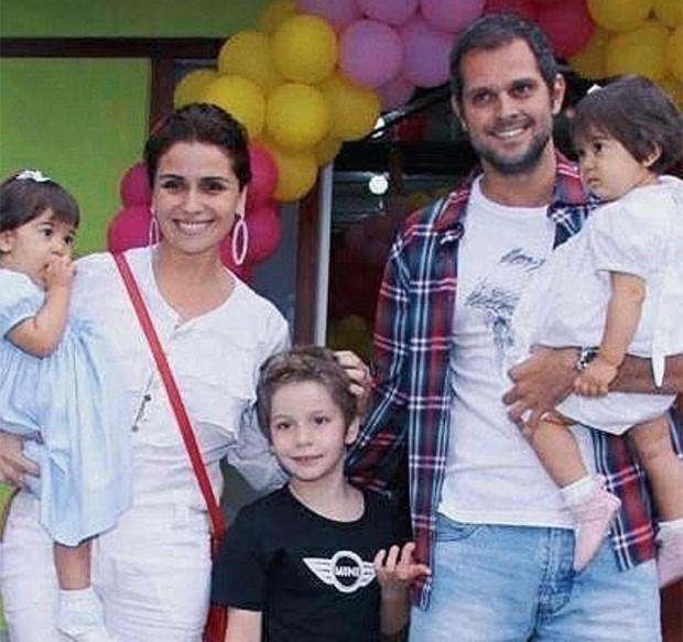 Giovanna Antonelli e Leonardo Nogueira com os filhos (Foto: Reprodução/Instagram)