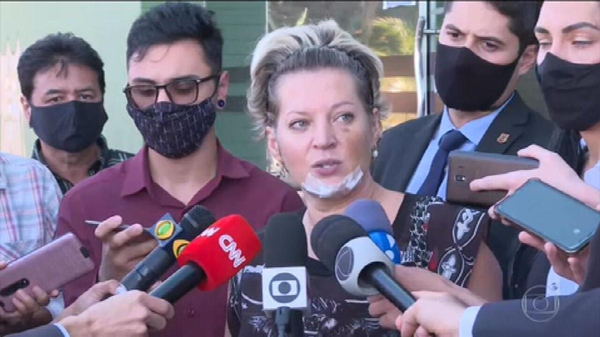 Joice Hasselmann presta depoimento efaz exame de corpo de delito