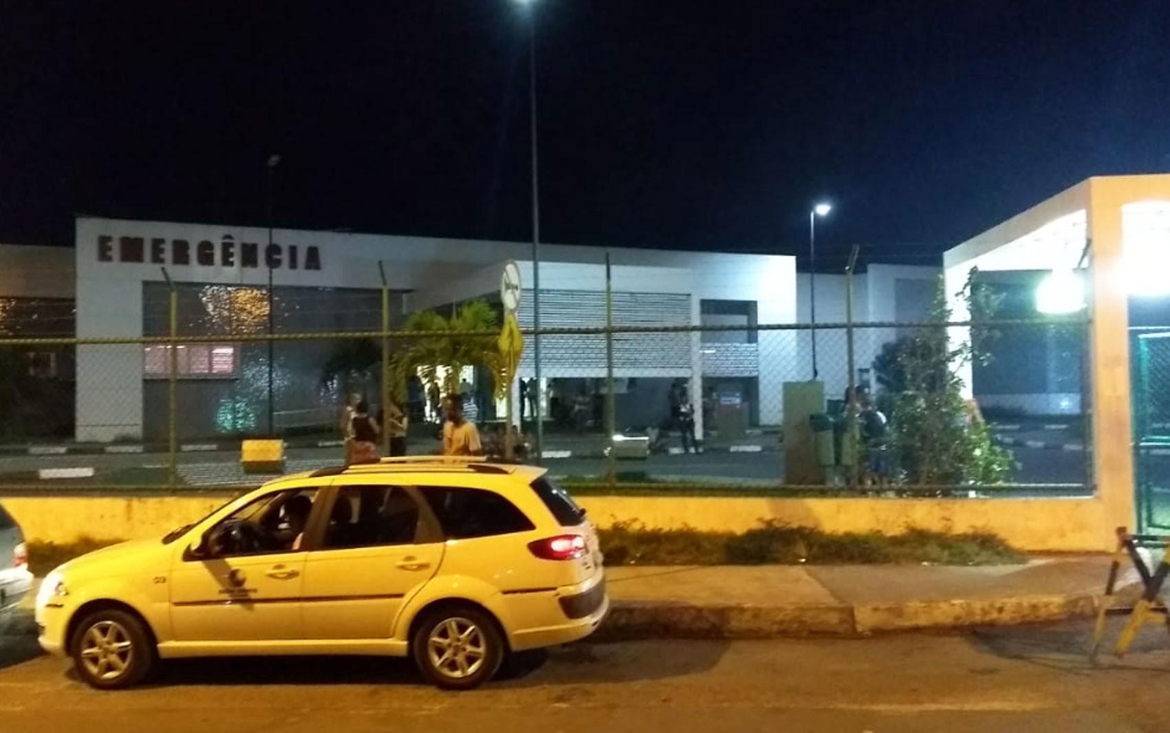 Homem morre após confronto com policiais no bairro do Lobato, em Salvador