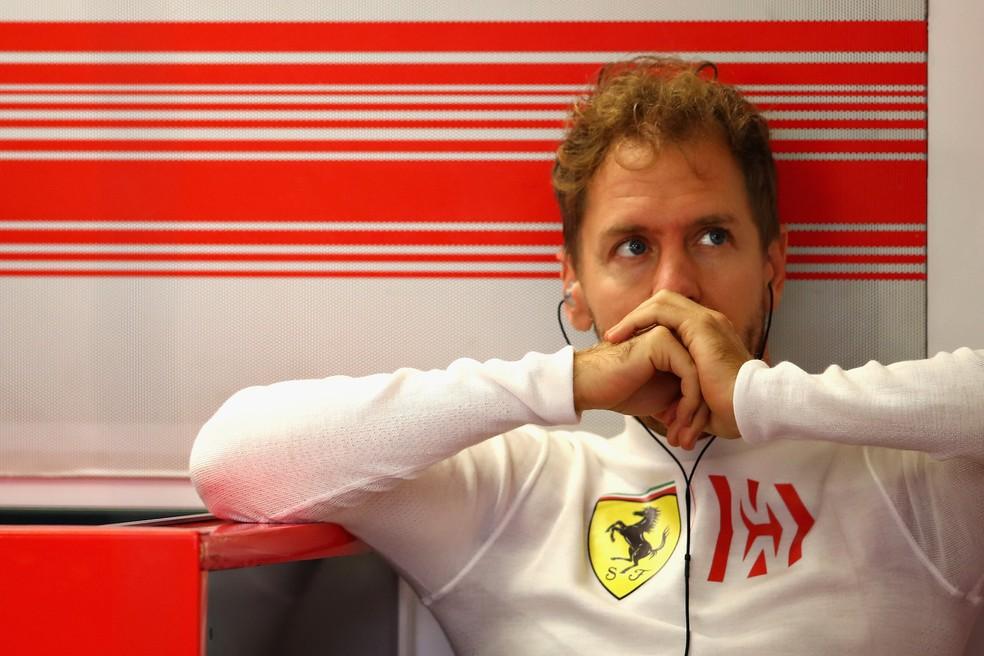 Sebastian Vettel liderou o campeonato mas outra vez perdeu para Hamilton — Foto: Getty Images