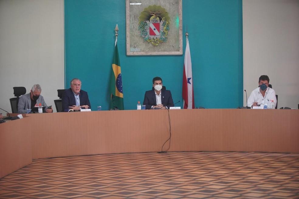 Reunião de Mandetta com Helder, em Belém — Foto: Agência Pará