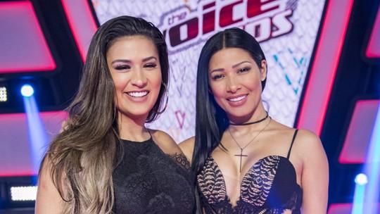 Simone, dupla de Simaria, confessa que já mexeu no celular do ex e pegou traição