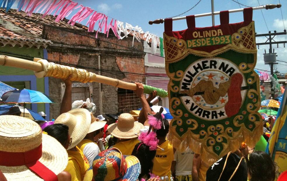 Ensaio do bloco Mulher na Vara ocorre na Garage Food Trucks, no bairro do Espinheiro, Zona Norte do Recife (Foto: João Carvalho/TV Glovo)