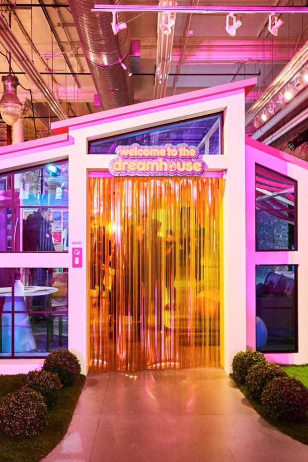 Casa da Barbie em tamanho real é construída dentro da Galeries Lafayette, em Paris (Foto: Divulgação)
