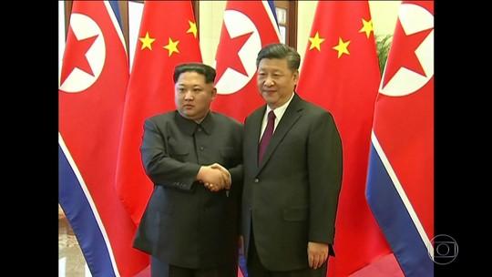 Ditador da Coreia do Norte visita presidente chinês e Trump comemora