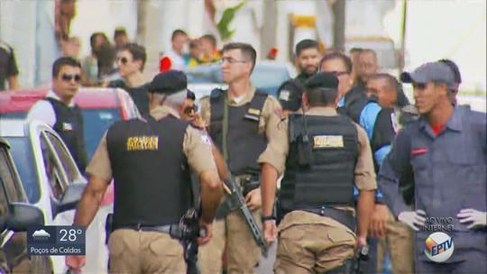 Assaltante se entrega à polícia após fazer três funcionários reféns em banco em MG