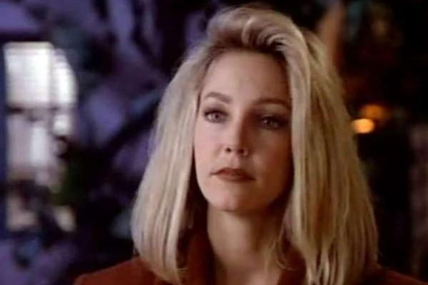 Heather Locklear em cena da série Mellrose Place (Foto: Reprodução)