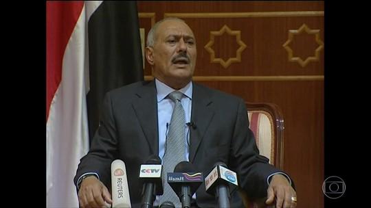 Ex-presidente do Iêmen muda de lado na guerra civil e é assassinado