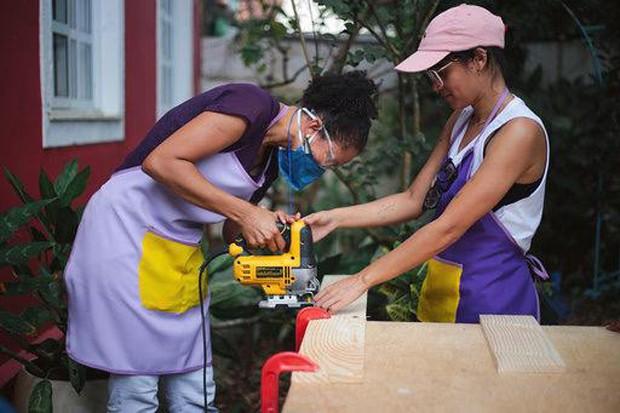 Reparos e reformas feitos por mulheres para mulheres (Foto: Divulgação)
