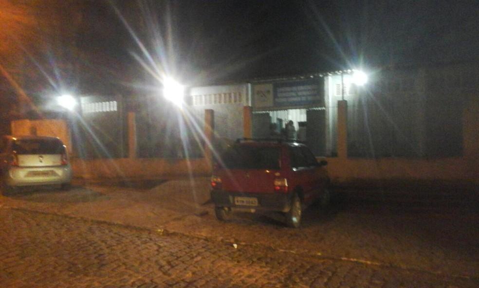 Após assassinado de jovem, aulas foram suspensas em escola de Macaíba (Foto: Ivan Lemos/ InterTV Cabugi)