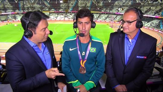 """Caio Bonfim comemora medalha no Mundial de Atletismo: """"Eu não acreditava"""""""