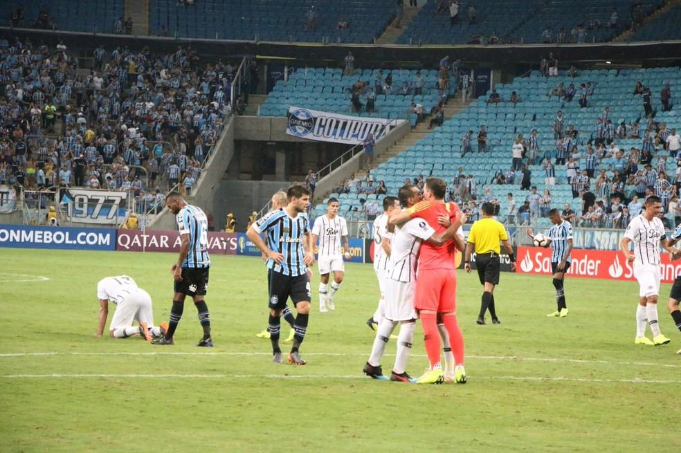 Grêmio perde para o Libertad na Arena — Foto: Eduardo Moura