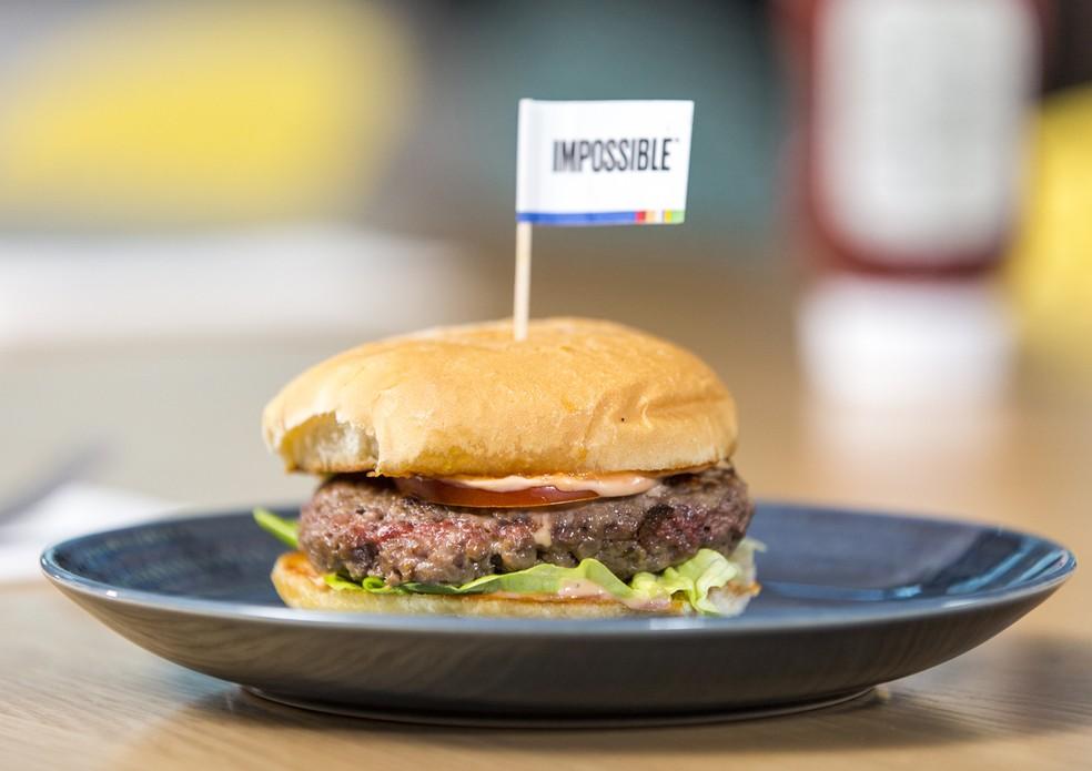 Hamburguer vegetal da Impossible Foods na CES — Foto: Divulgação