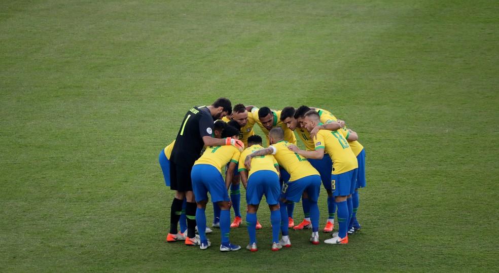 Seleção terá longa caminhada até a Copa do Mundo de 2022 — Foto: Sergio Moraes/Reuters