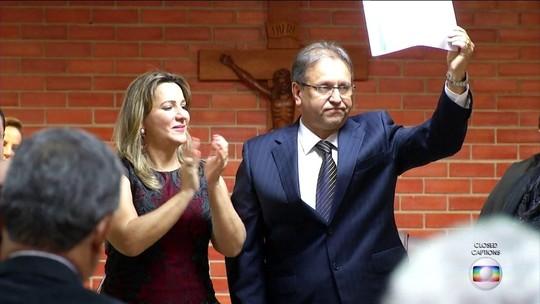 TSE cassa governador do Tocantins e determina eleição