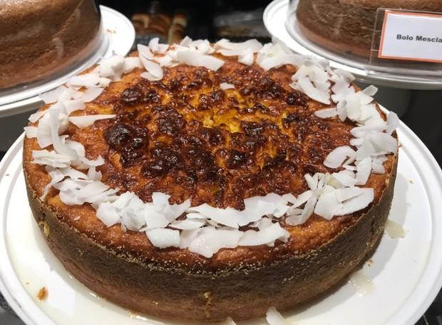 Receita de bolo de pamonha, da Vis Savour Boulangerie (Foto: Divulgação )