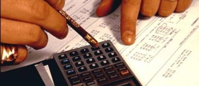 Dados da Serasa mostram que, em março, dos 7 milhões de empresas que atuam no País, 3,8 milhões estavam com dívidas em atraso