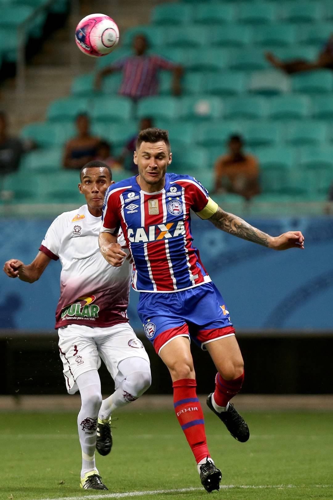 Tiago fez um dos gols do jogo