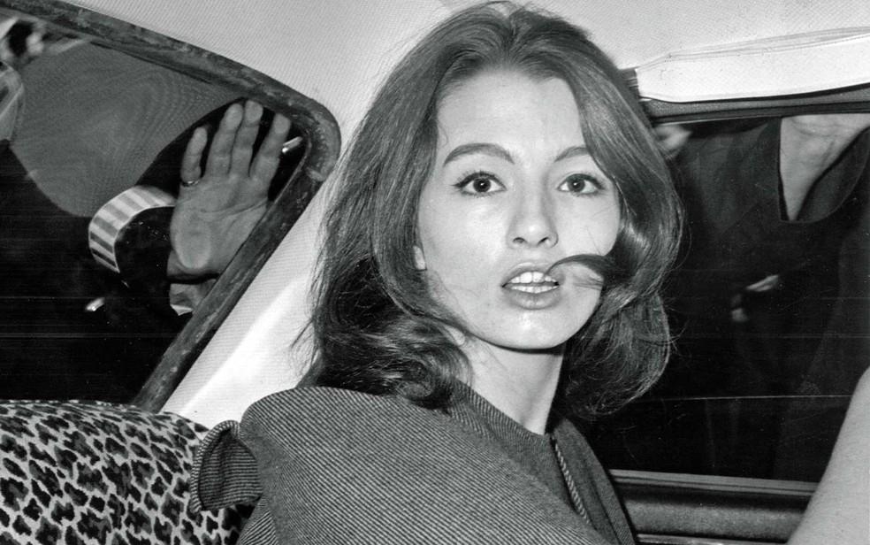 -  Christine Keeler, em imagem de 22 de julho de 1963  Foto: Arquivo / AP Photo