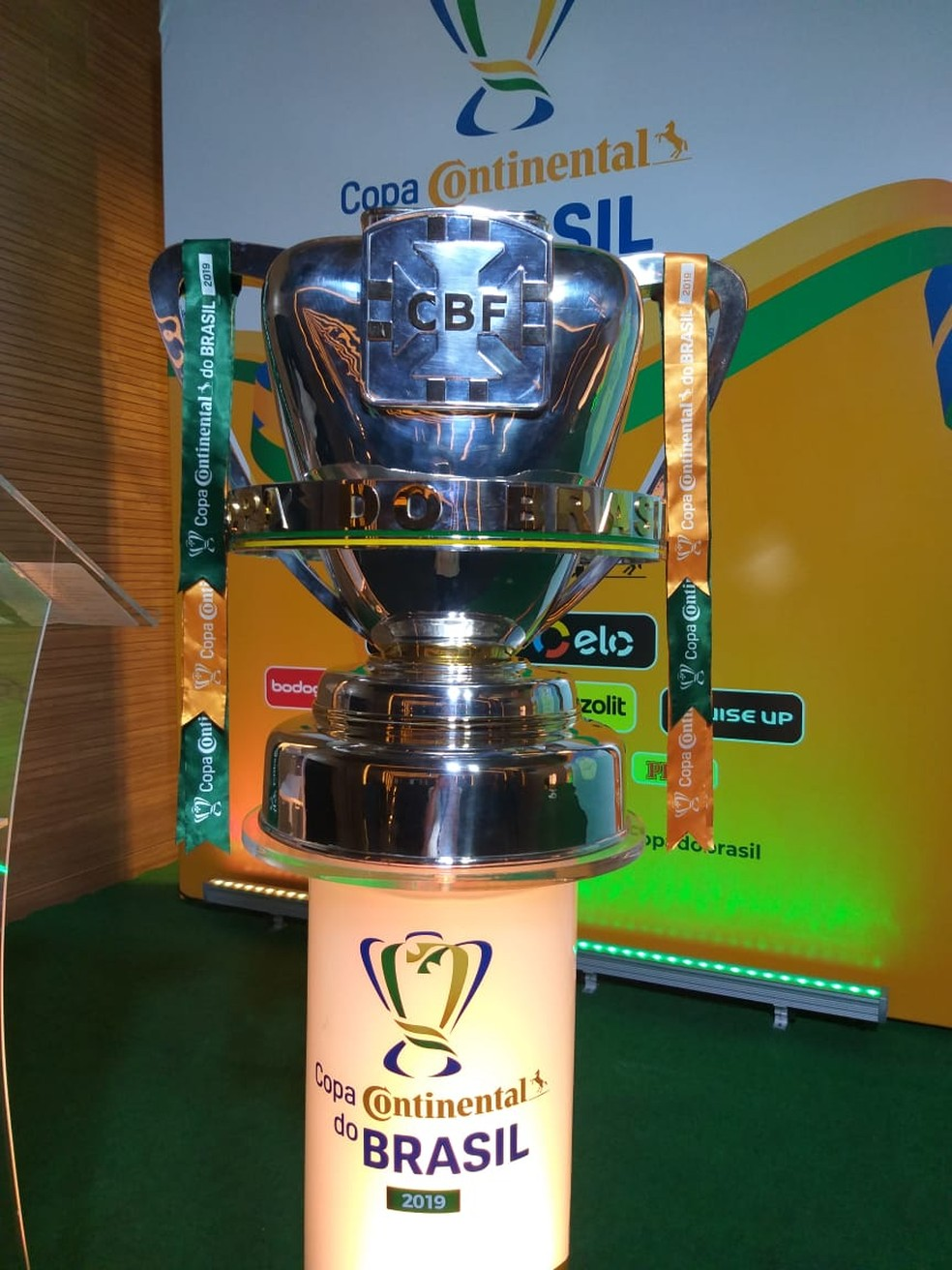 Taça da Copa do Brasil — Foto: João Guerra