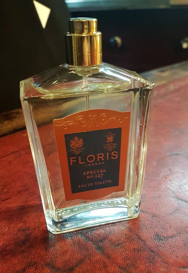 O Special 127, fragrância favorita de Winston Churchil e Eva Peron, hoje à venda na loja (Foto: Danilo Saraiva/QUEM)