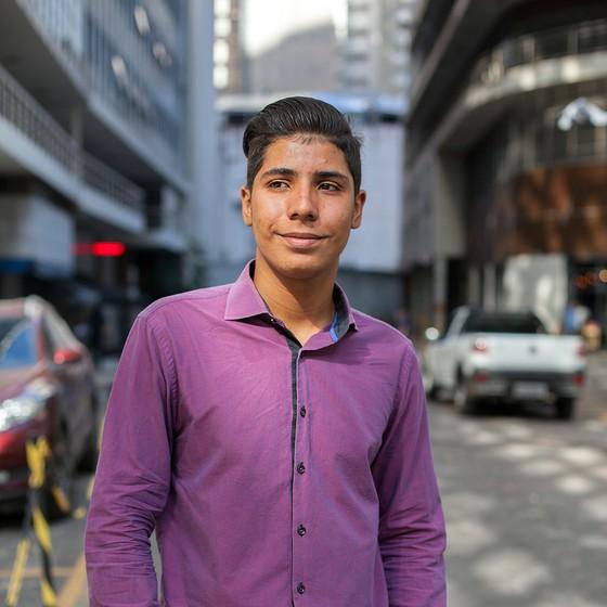 CAUÊ CALLADO | 16 anos | E. E. Tito Prates da Fonseca | São Paulo, SP (Foto: Tuca Vieira e Joel Rocha)