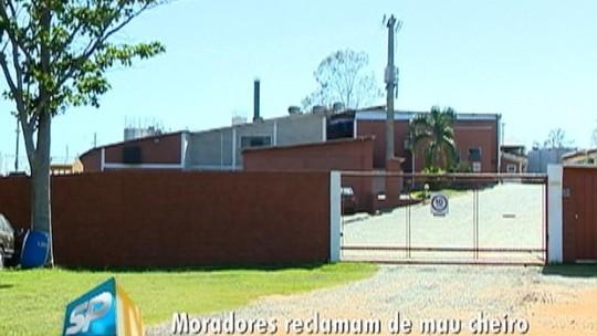 Cetesb investiga reclamações de mau cheiro provocado por fábrica